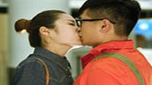《幸福双黄线》探班 <B>吻戏</B>镜头要拍足八次