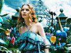 《爱丽丝梦游奇境》全长预告 红桃皇后的怪诞槌球赛