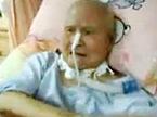 台湾女护士虐待卧病老翁 网上视频令人发指