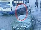 浙江5岁男童遭碾压司机逃逸
