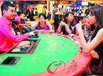 市场变赌场 过路可任意押注赌博